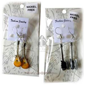guitar-earrings